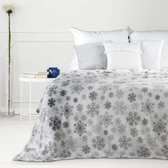 Silver Christmas blanket with snowflakes design