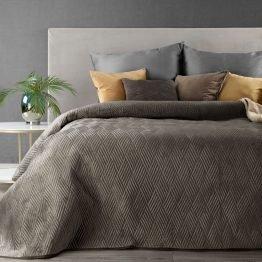 Brown velvet bed throw