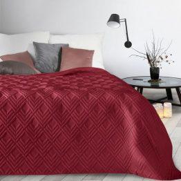 Burgundy bed throw with diamond design