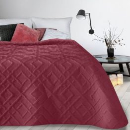 Burgundy quilted bed throw