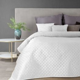 White quilted velvet bedspread with diamond design