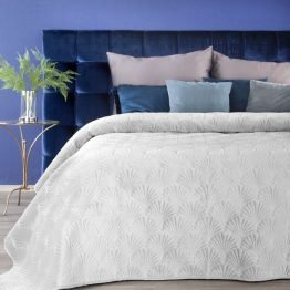 White luxury bedspread for king size bed